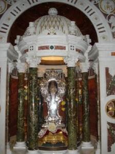 chiesa-del-gesu-reliquia